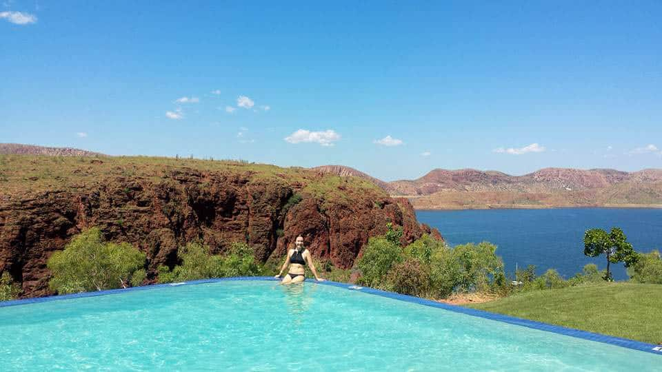 The Lake Argyle Infinity pool is located at the Lake Argyle Resort. It's a pool with one of the most impressive views. You can watch right over the man made lake of Lake Argyle.