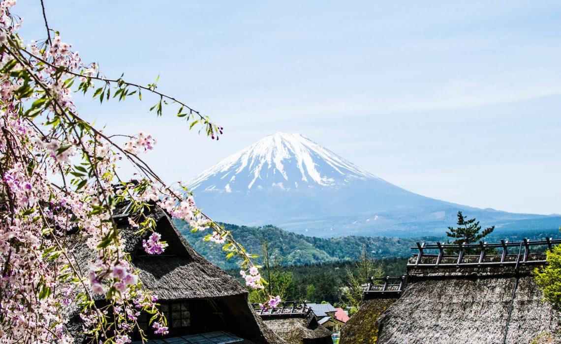 10 travel essentials for a trip to Japan, What to pack for Japan, Inpakken voor Japan, 10 handige reisproducten voor Japan, Wat moet ik meenemen naar Japan