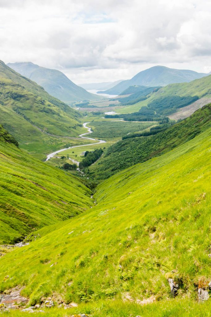 Travel Itinerary for a 9 day Road Trip in Scotland, Free camping in Scotland, Road trip in Scotland, Scottish Highlands, Road Trip Isle of Skye, Isle of Skye, Edinburgh, Glasgow, Fort Williams, Glencoe, Point Neist, free camping in Scotland