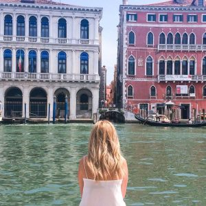Happiness Loves Company, Zemira Semmal, CHAPTERTRAVEL, Travel Photography, Travel blogger, Travel Writer, Interview of the month, Interview of the month July
